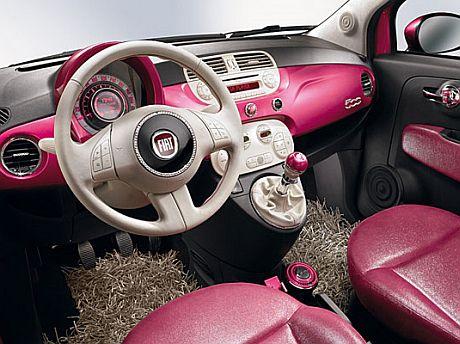 Cudowna Fiat 500 Barbie Edition ES25